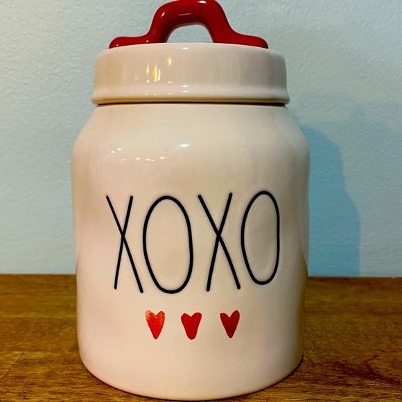 Rae Dunn small canister
